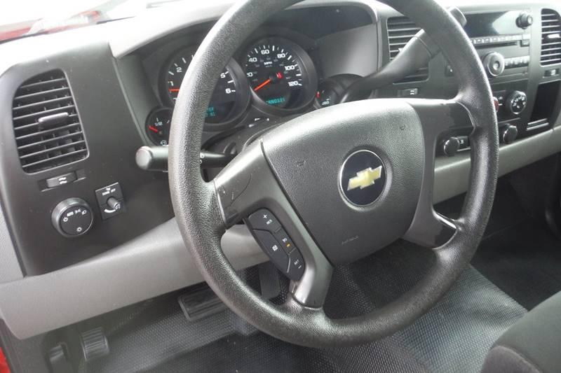 2010 Chevrolet Silverado 1500 4x2 Work Truck 2dr Regular Cab 8 ft. LB - Bryan OH