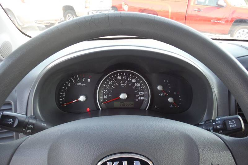 2009 Kia Sedona LX 4dr Mini-Van LWB - Bryan OH