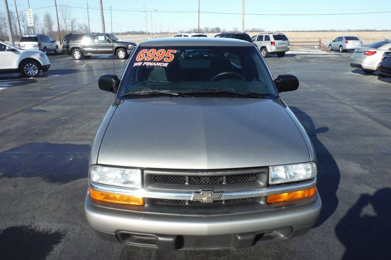 2002 Chevrolet S-10 3dr Extended Cab LS 2WD SB - Bryan OH