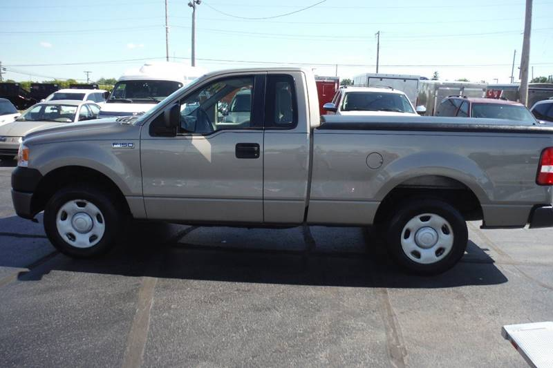 2006 Ford F-150 XL 2dr Regular Cab Styleside 6.5 ft. SB - Bryan OH