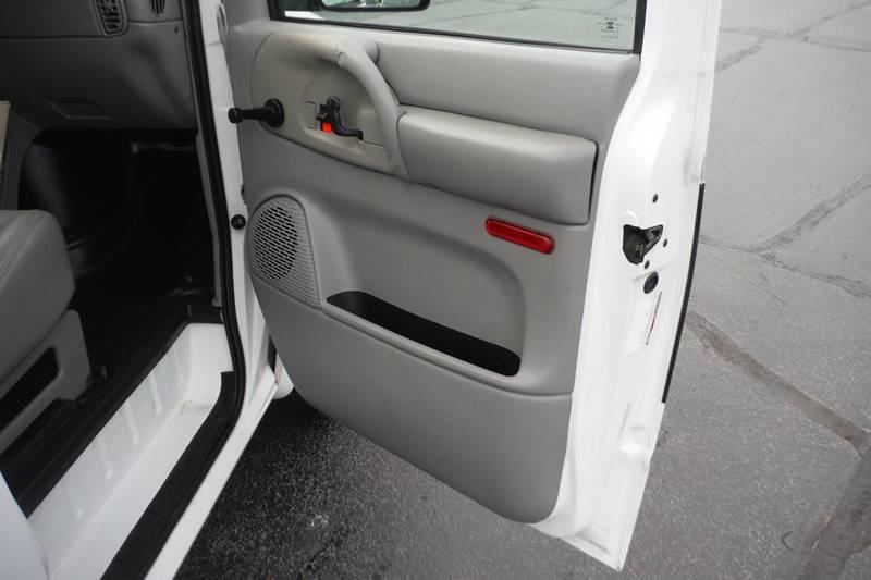 1997 Chevrolet Astro Cargo 3dr Extended Cargo Mini-Van - Bryan OH