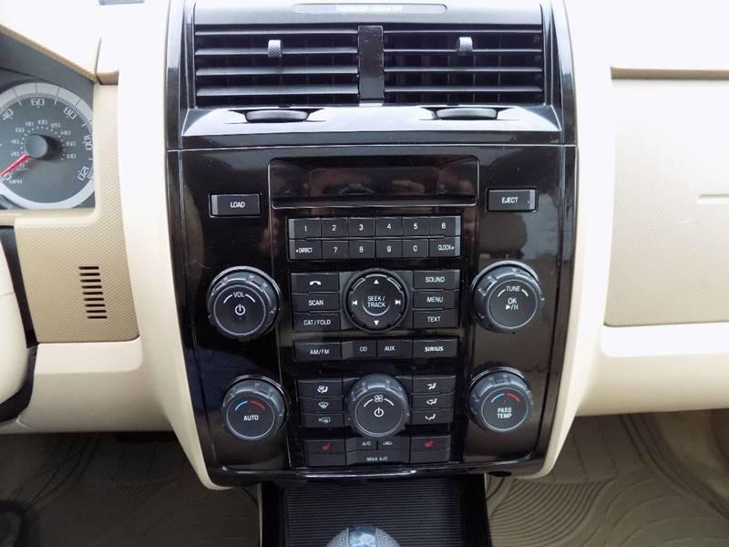 2010 Ford Escape AWD Limited 4dr SUV - Hudsonville MI