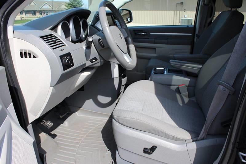2010 Dodge Grand Caravan SXT 4dr Mini-Van - Hudsonville MI