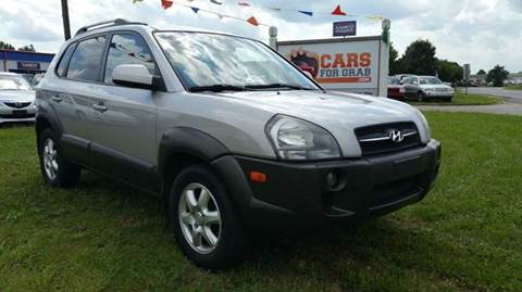 2005 Hyundai Tucson for sale at Cars 4 Grab in Winchester VA