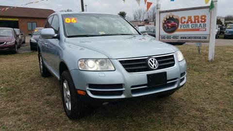 2006 Volkswagen Touareg for sale at Cars 4 Grab in Winchester VA