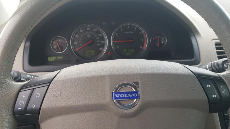 2005 Volvo XC90 AWD 4dr 2.5T Turbo SUV - Fredericksburg VA