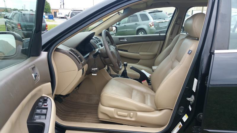 2006 Honda Accord EX V-6 w/Navi 4dr Sedan 6M w/Navi - Fredericksburg VA