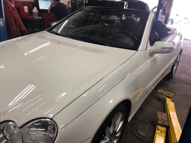 2007 Mercedes-Benz CLK for sale at Story Brothers Auto in New Britain CT