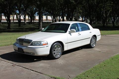 Lincoln Town Car For Sale In Maumee Oh Carsforsale Com