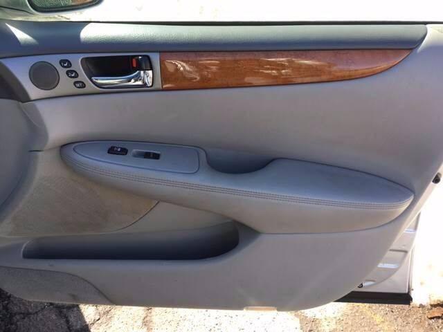 2005 Lexus ES 330 4dr Sedan - Hasbrouck Heights NJ