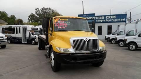 2006 International DuraStar 4300 for sale in Houston, TX