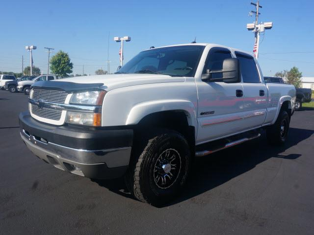 2004 Chevrolet Silverado 2500HD for sale at Plainfield Auto Sales in Plainfield IN