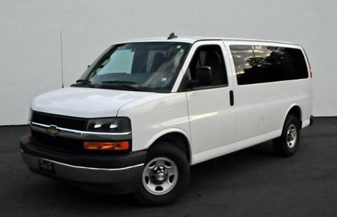 2017 Chevrolet Express Passenger for sale in Shippensburg, PA
