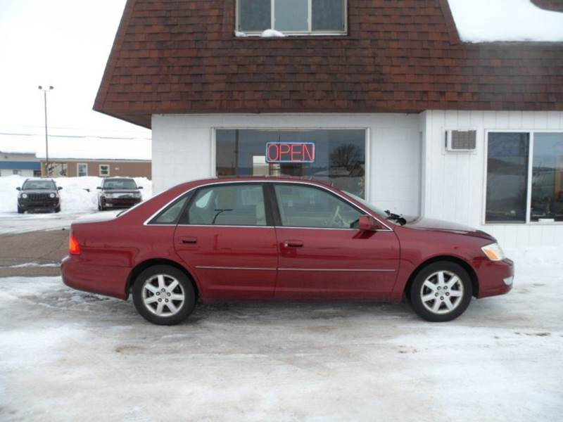 2002 Toyota Avalon for sale at Paul Oman's Westside Auto Sales in Chippewa Falls WI