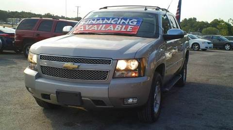 2007 Chevrolet Avalanche for sale at Global Vehicles,Inc in Irving TX
