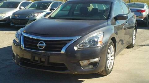 2013 Nissan Altima for sale at Global Vehicles,Inc in Irving TX