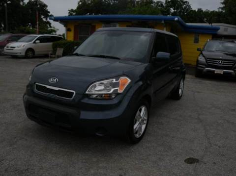 2011 Kia Soul for sale at Global Vehicles,Inc in Irving TX