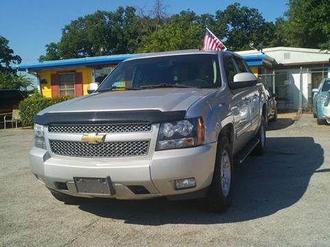 2010 Chevrolet Avalanche for sale at Global Vehicles,Inc in Irving TX