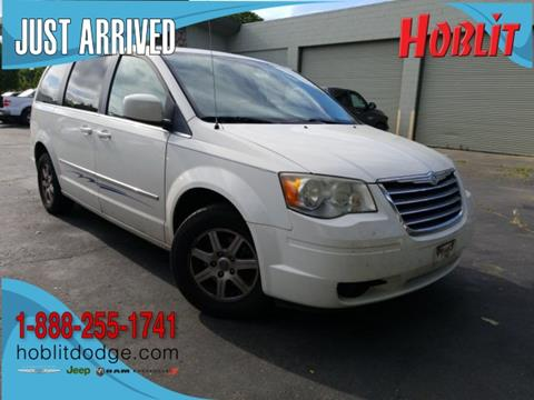 2010 Chrysler Town and Country for sale in Woodland, CA