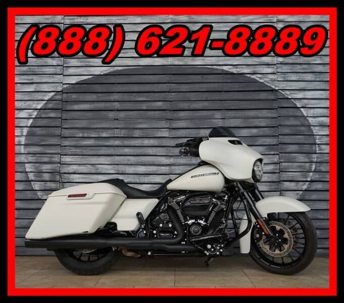 2018 Harley-Davidson Street Glide for sale at Motomaxcycles.com in Mesa AZ
