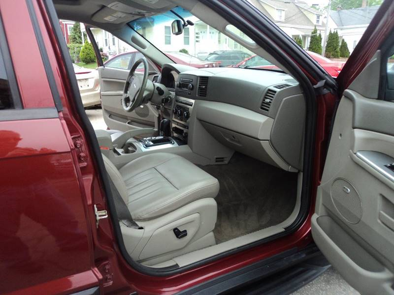 2007 Jeep Grand Cherokee Laredo 4dr SUV 4WD - Brockton MA