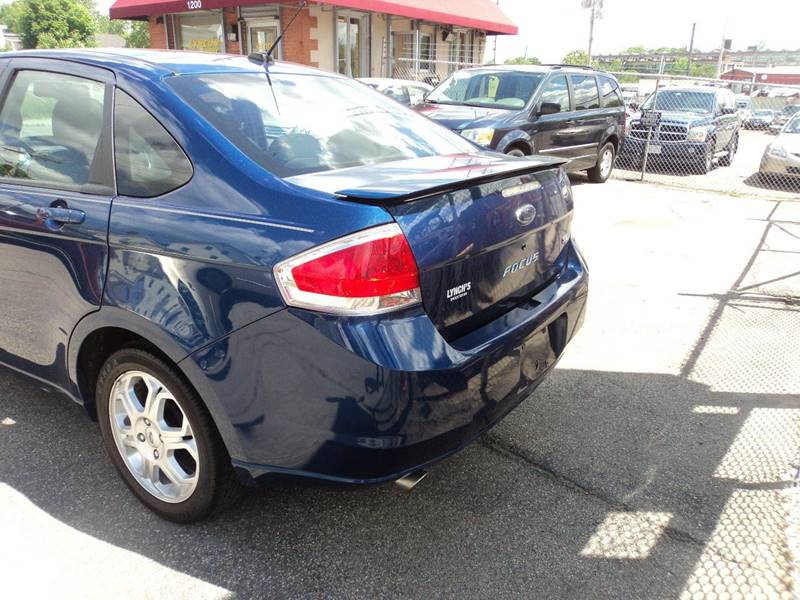 2009 Ford Focus SES 4dr Sedan - Brockton MA