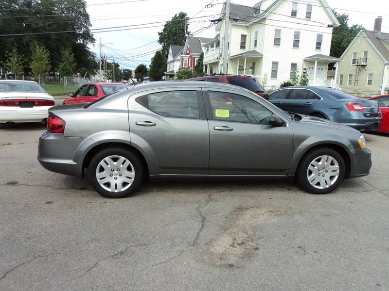 2013 Dodge Avenger SE 4dr Sedan - Brockton MA