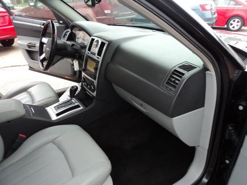 2006 Chrysler 300 AWD C 4dr Sedan - Brockton MA
