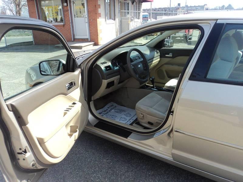 2006 Ford Fusion V6 SE 4dr Sedan - Brockton MA