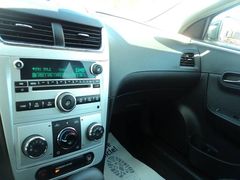 2008 Chevrolet Malibu LT 4dr Sedan w/1LT - Brockton MA