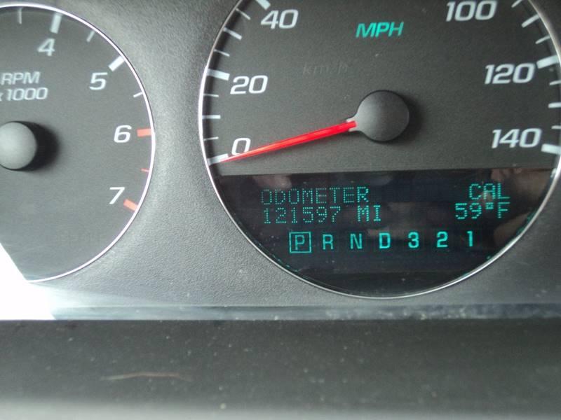 2006 Chevrolet Impala LT 4dr Sedan w/3.5L w/ roof rail curtain delete - Brockton MA