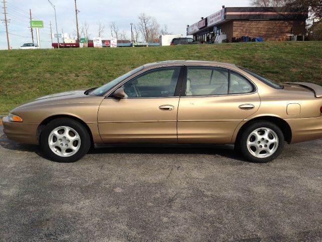 1998 Oldsmobile Intrigue GL 4dr Sedan - Saint Charles MO