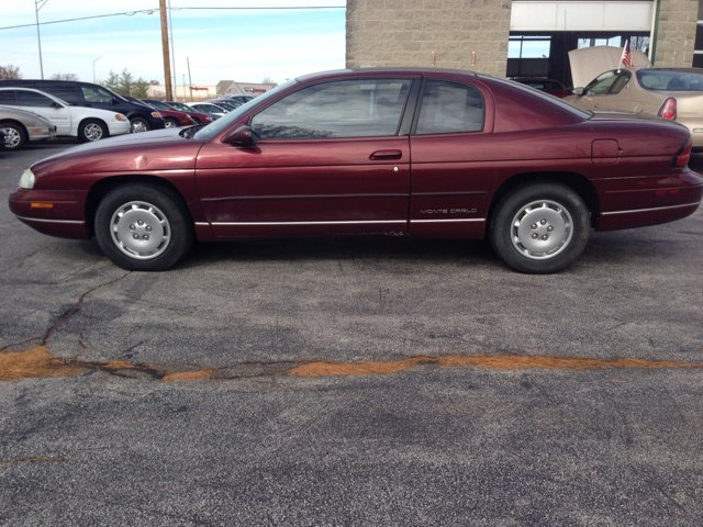 1997 Chevrolet Monte Carlo LS 2dr Coupe - Saint Charles MO