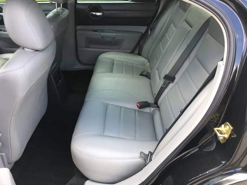 2006 Dodge Charger RT 4dr Sedan - Des Moines IA