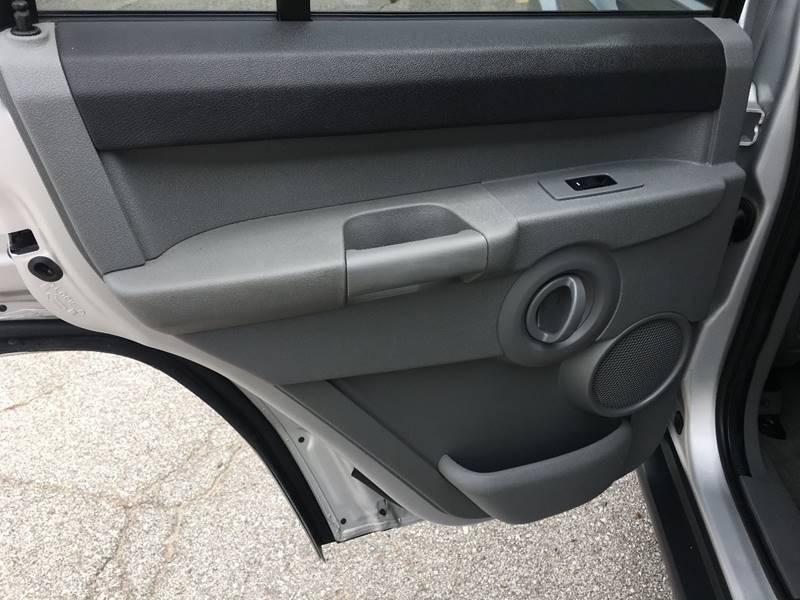 2006 Jeep Commander 4dr SUV 4WD - Des Moines IA