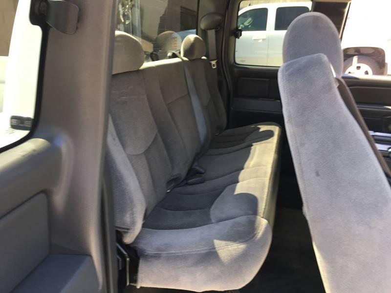 2006 GMC Sierra 2500HD SLE1 4dr Extended Cab 4WD SB - Des Moines IA