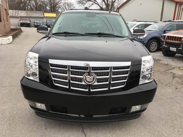 2009 Cadillac Escalade AWD 4dr SUV w/V8 Ultra Luxury Collection - Des Moines IA