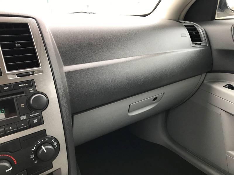 2006 Chrysler 300 Touring 4dr Sedan - Des Moines IA