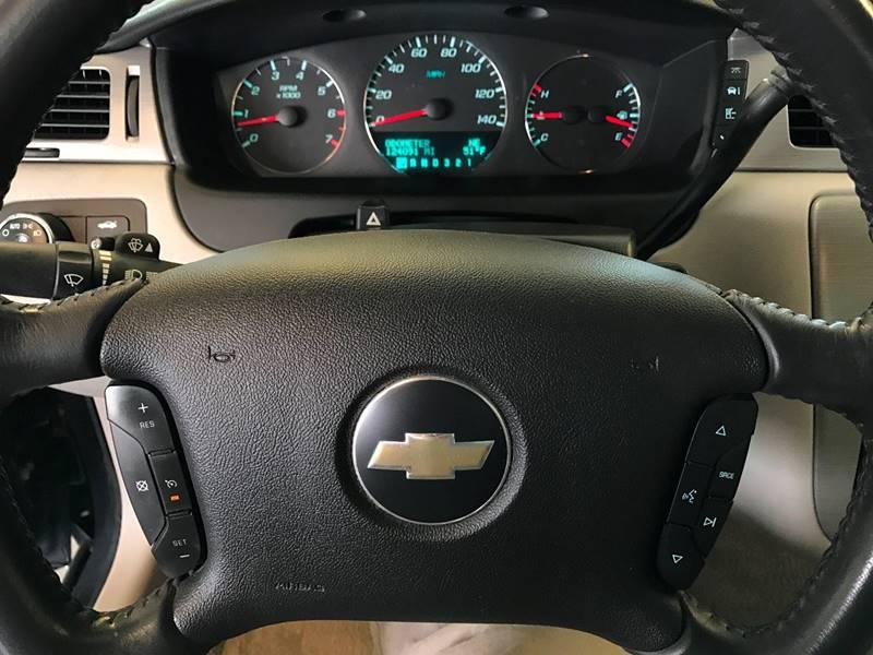 2008 Chevrolet Impala LT 4dr Sedan w/2LT - Des Moines IA