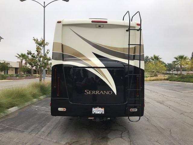 2010 Four Winds Serrano 31V - Tucson AZ