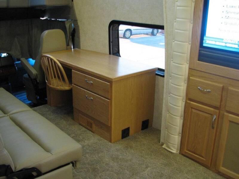 2005 PowerHouse Volvo Chassis  - North America AZ