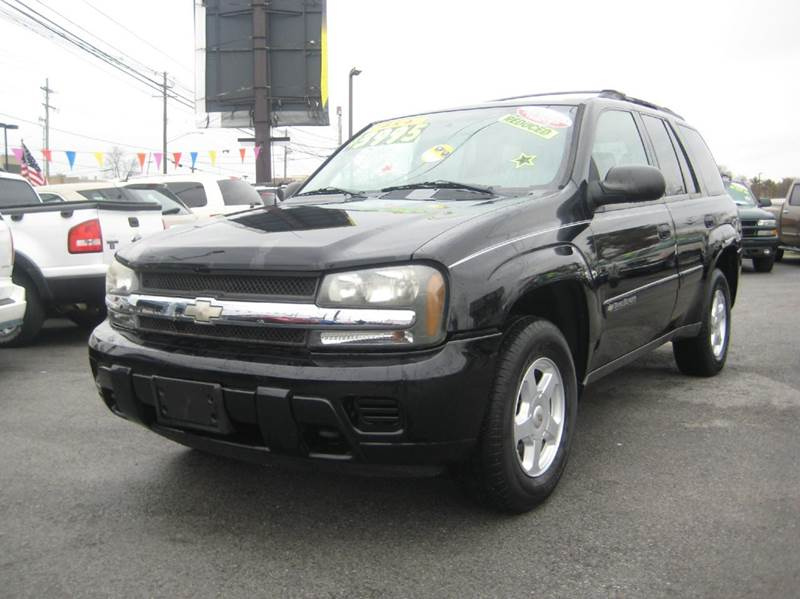 2002 Chevrolet TrailBlazer for sale at Craven Cars in Louisville KY