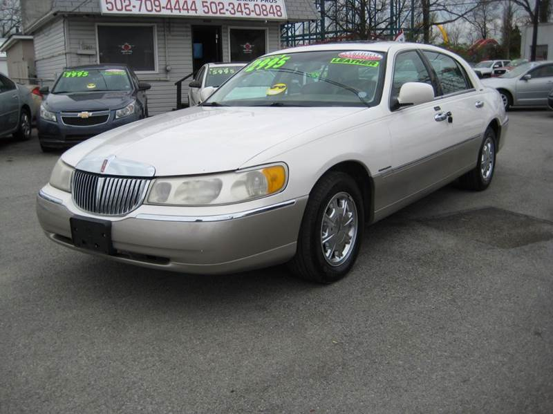 2000 Lincoln Town Car Signature 4dr Sedan In Louisville Ky Craven Cars
