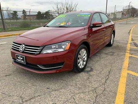 2015 Volkswagen Passat for sale at Craven Cars in Louisville KY