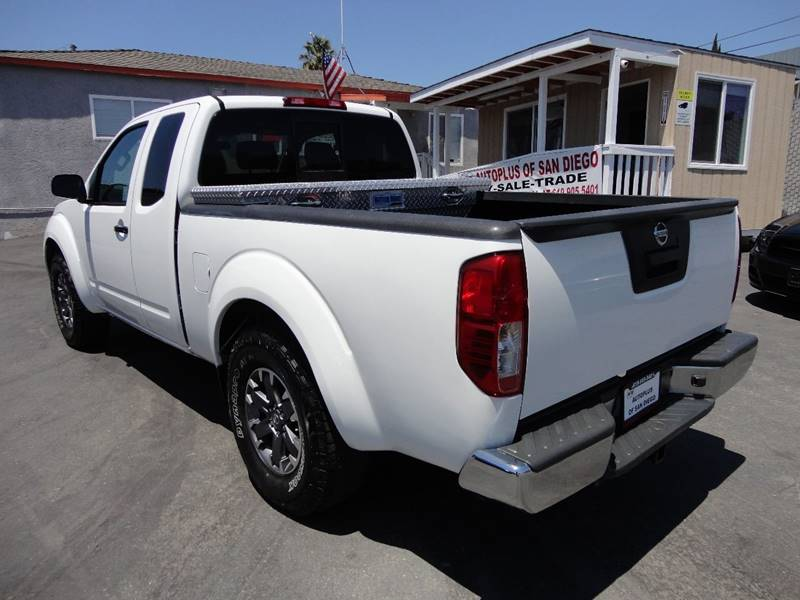 2016 Nissan Frontier 4x2 Desert Runner 4dr King Cab 6.1 ft. SB Pickup 5A - Spring Valley CA
