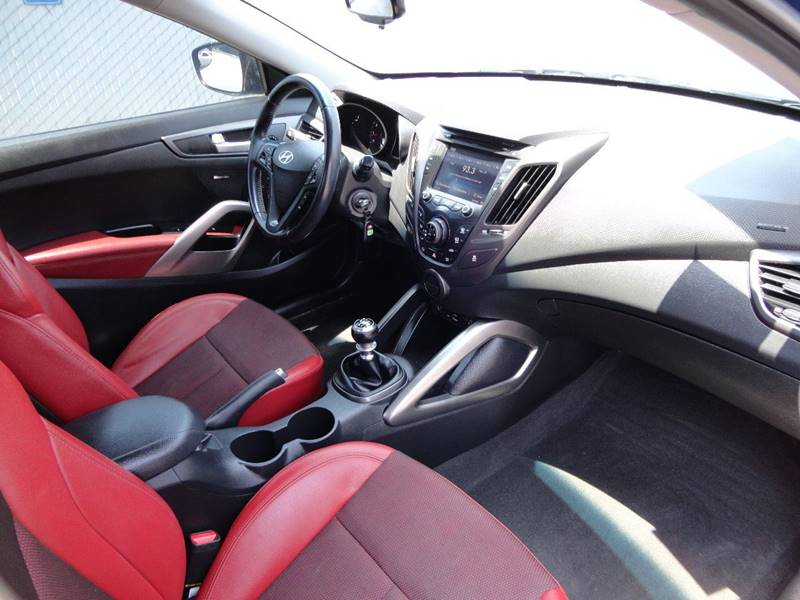 2015 Hyundai Veloster Turbo R-Spec 3dr Coupe w/Red Seats In