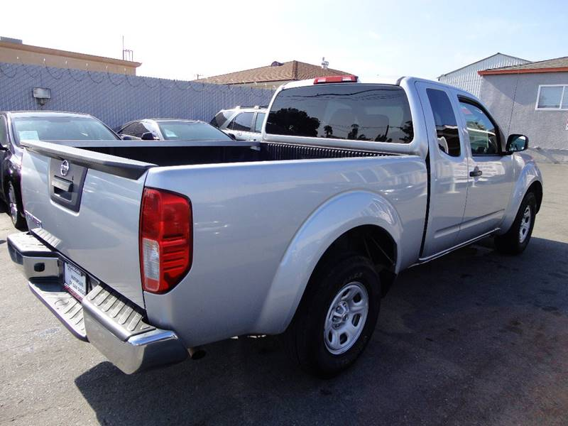 2016 Nissan Frontier 4x2 S 4dr King Cab 6.1 ft. SB Pickup 5A - Spring Valley CA