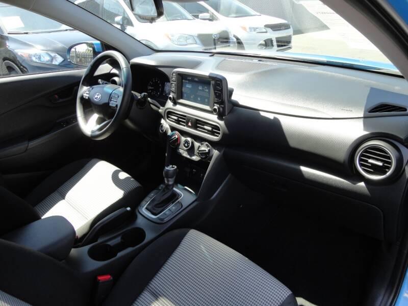 2019 Hyundai Kona SEL 4dr Crossover - Spring Valley CA