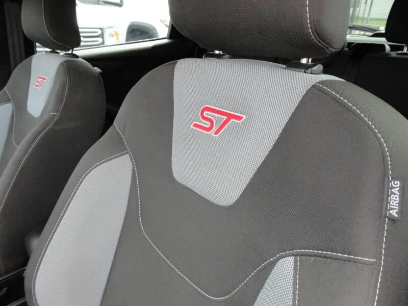 2016 Ford Focus ST 4dr Hatchback - Spring Valley CA