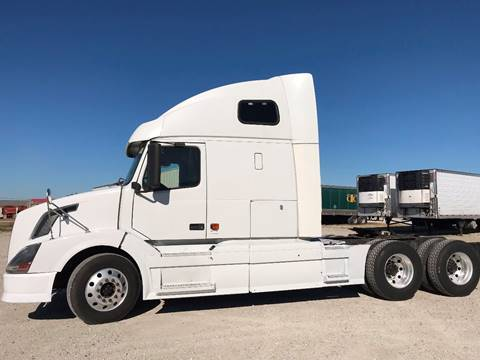 2007 Volvo 670 for sale in Indianapolis, IN